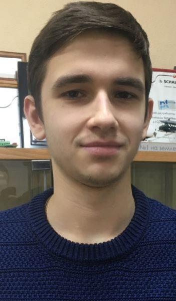 Махнов Никита